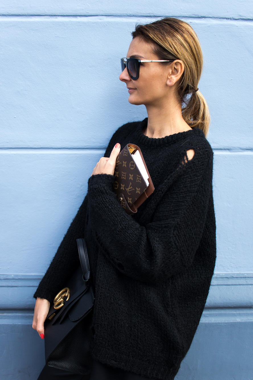 all black look with gucci slippers and bag-8669 after Angelina Jolie