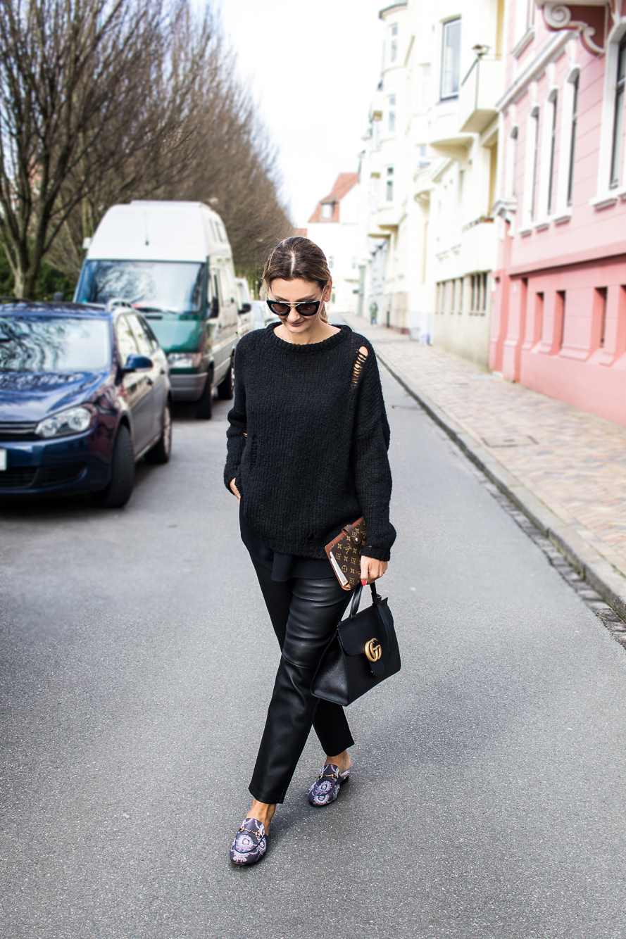 all black look with gucci slippers and bag-8691