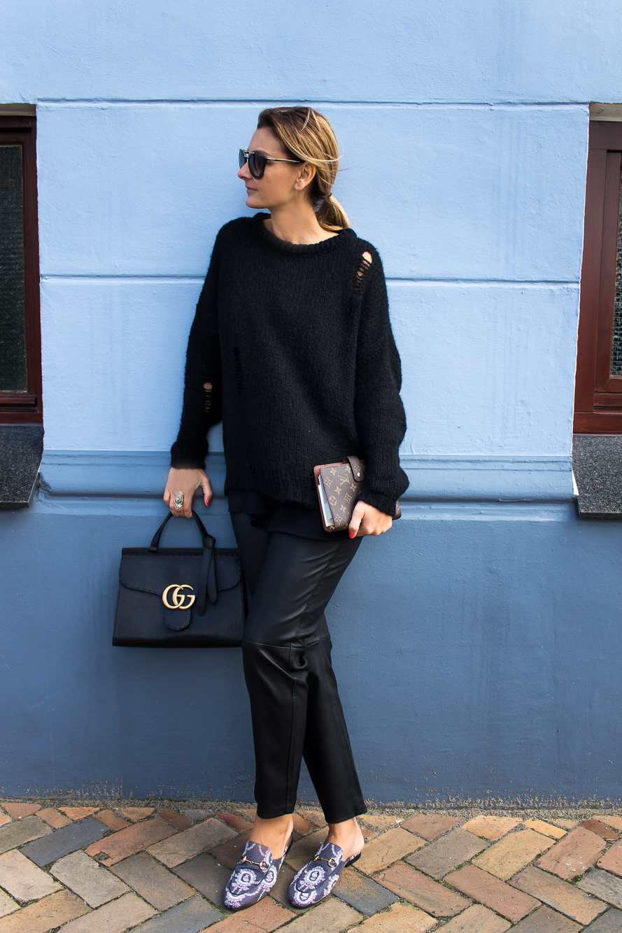 all black look with gucci slippers and bag-8718 after Angelina Jolie